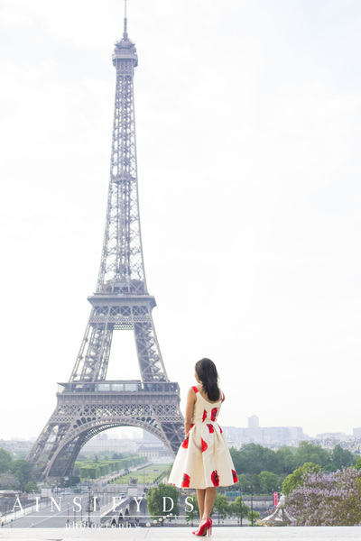Fashion & solo portrait photoshoot in Paris with Ainsley Ds photography, Paris photographer.