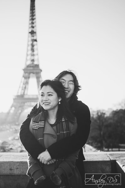 Couple photo shoot in Paris with photographer Ainsley DS.