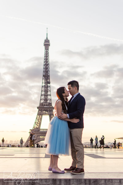 Romantic couples photo shoot in Paris with photographer Ainsley DS Photography
